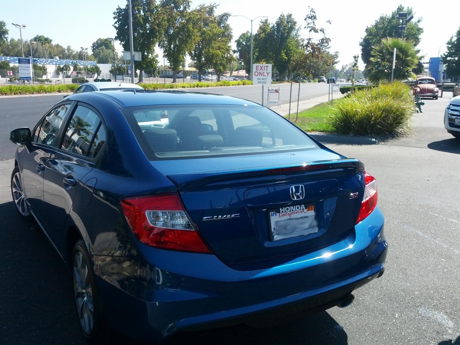 2012 Civic Si Sedan. Dyno Blue Pearl-back.jpg