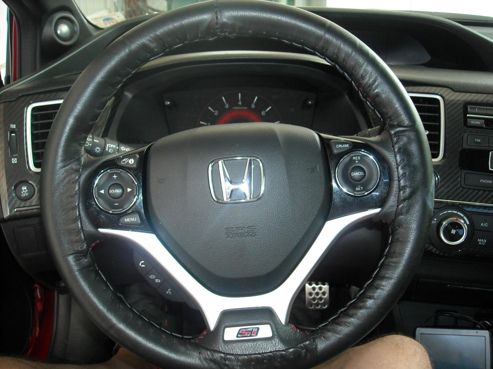 Wheelskins leather steering wheel cover.-dscn1246%5B1%5D.jpg