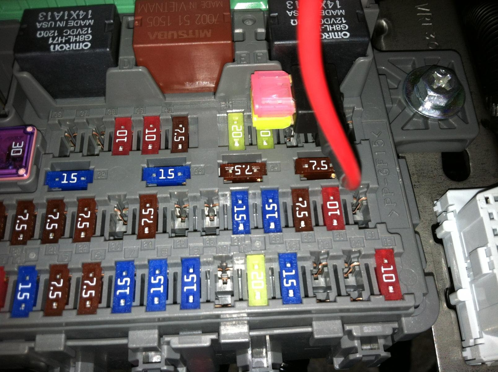 D Help How Install Interior Led Floor Light Fuse on honda accord car diagram