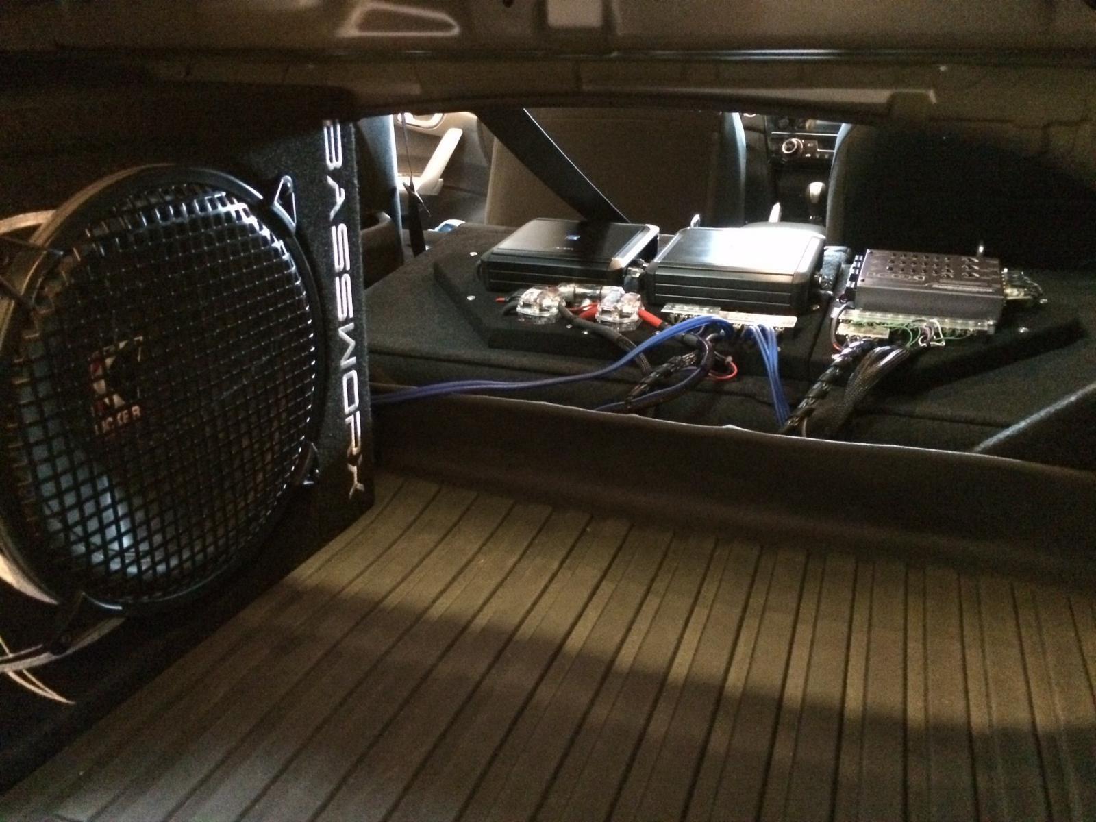 New Honda Accord >> Rear Seat-back amp rack
